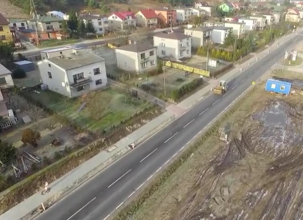 Miniatura filmu: Bratian 'okiem drona'