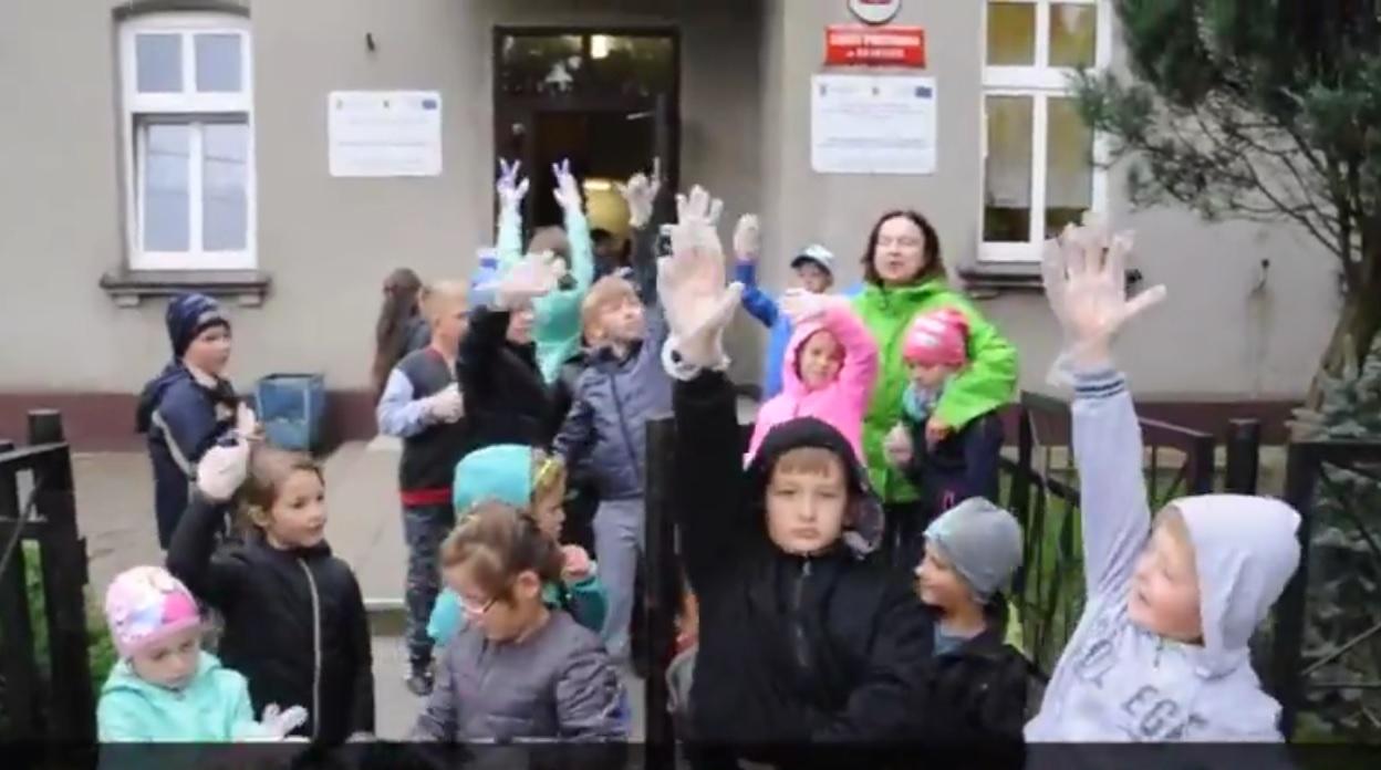 Miniatura filmu: Sprzątanie Świata - uczniowie SP Skarlin